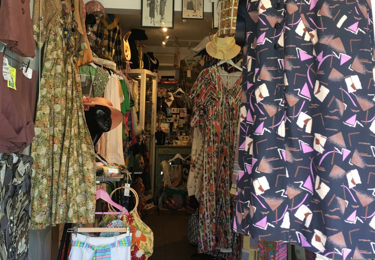 The 10 Best Vintage Clothing Shops In London Vintage Clothes Shop Vintage Clothing Stores Vintage Outfits