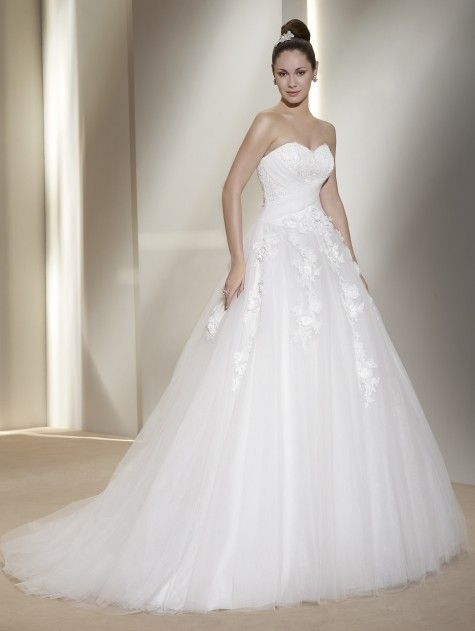 brautkleid trends 2012