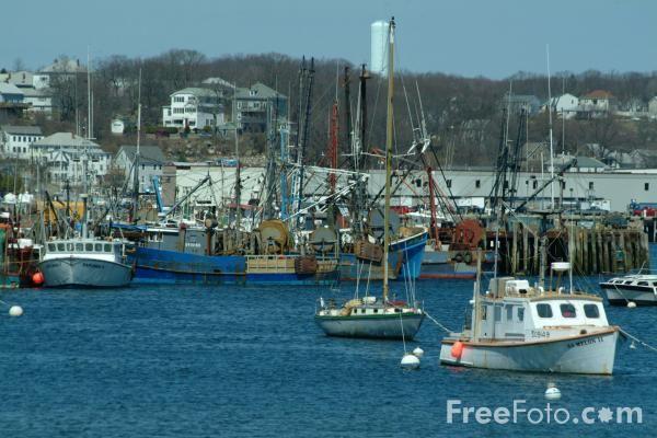 Google Image Result for http://www.freefoto.com/images/2026/36/2026_36_31---Fishing-Boats_web.jpg
