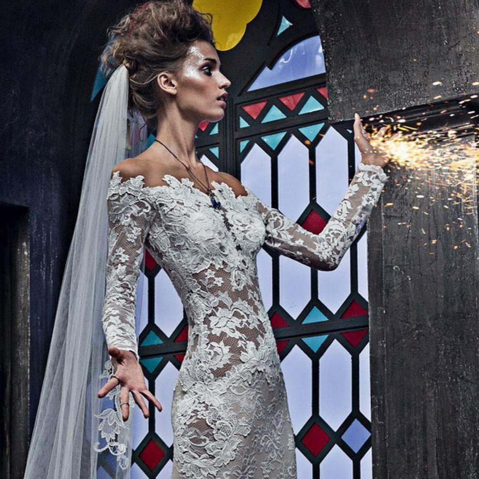 Coming soon...neue Kollektion 2018 aus den USA #strechspitze#wedding ...