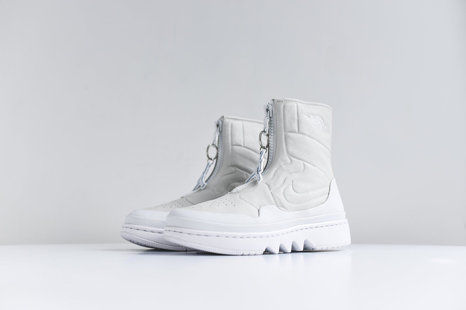 592ec4884f6b Nike WMNS Air Jordan 1 Jester XX - Ivory