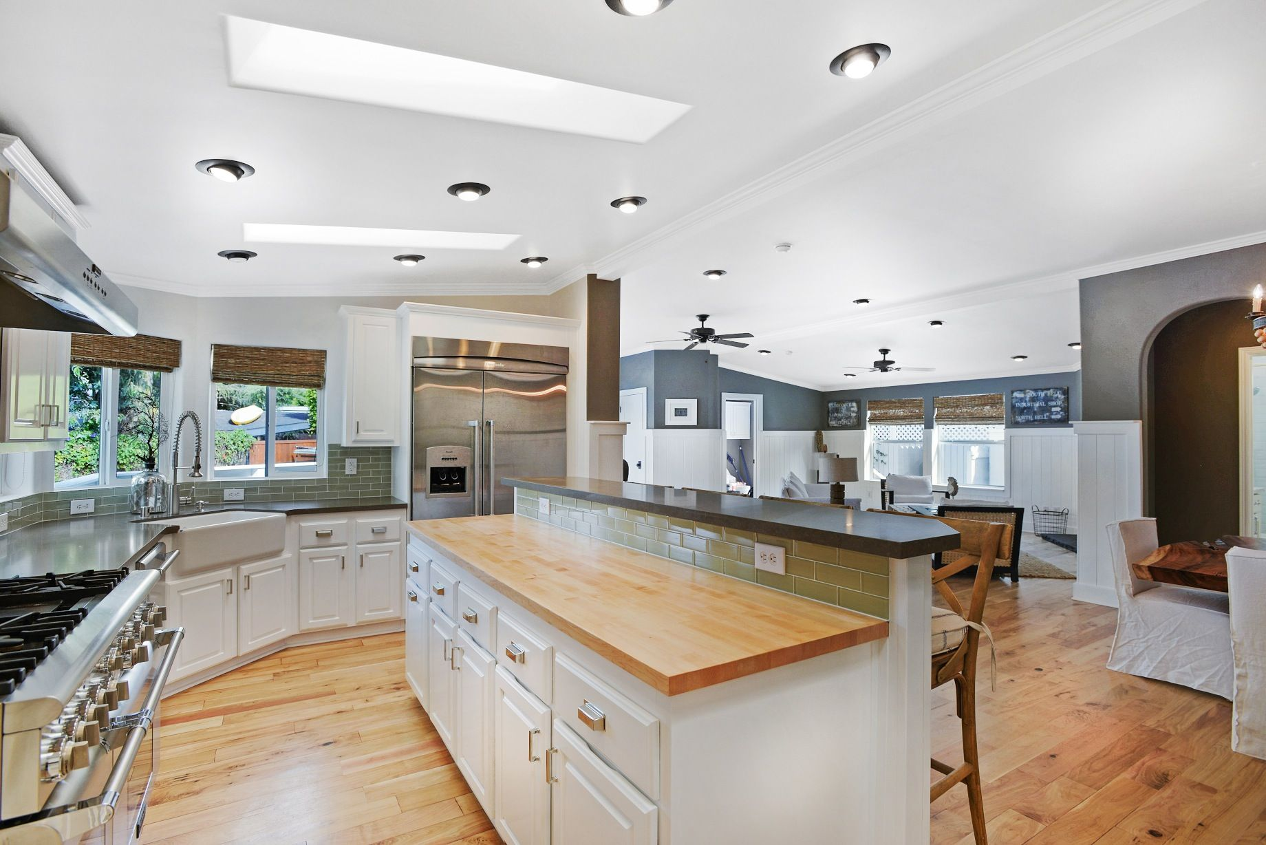 This Beautiful Malibu Manufactured Home Uses Several Great Manufactured  Home Interior Design Tricks That You Can Utilize In Your Home Easily.