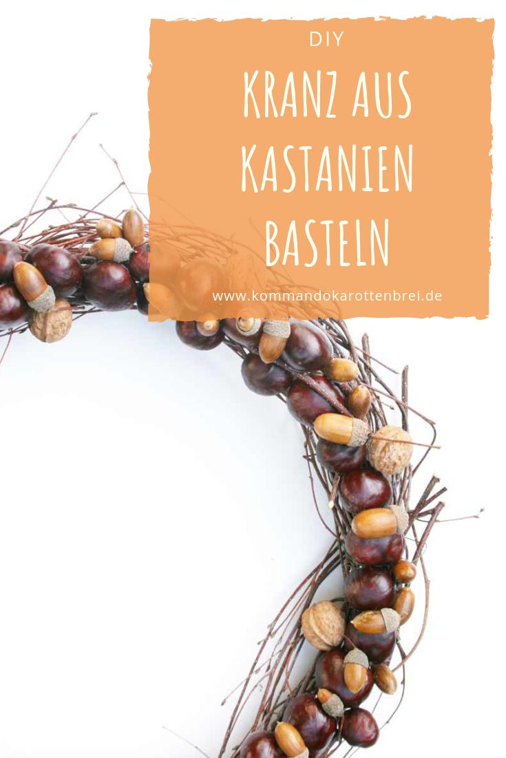 Dieser #Kranz ist eine runde Sache - und eine herbstliche dazu. Wie Du aus #Kastanien, #Eicheln, #Nüssen und #Birkenzweigen einen herbstlichen #Türkranz gestaltest, zeige ich Dir hier. #DIY #Deko # Herbst #Floristik #Dekoration #Interieur #fall #chestnut #wreath #acorn #handmade #craft #kastaniendeko