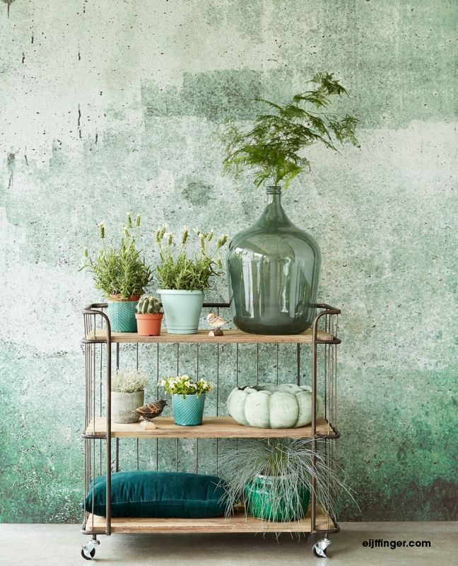 Eijffinger resource wallpower 369151 green weathered wall mint pinterest bruine bank - Decoratie hoofdslaapkamer ...