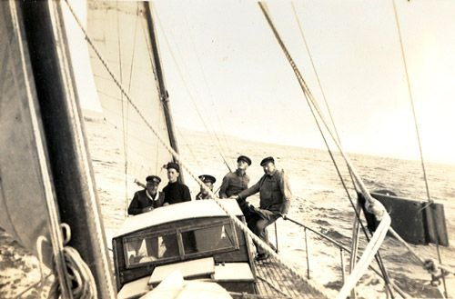 Image result for 1945 Sydney Hobart Yacht Race