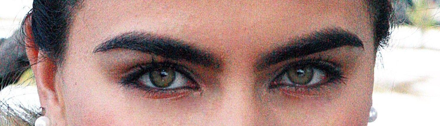 Bellos ojos mexicanos...   expresión que trasciende,  que nos habla del carácter firme de la amazona... de la escaramucera Raramuri.