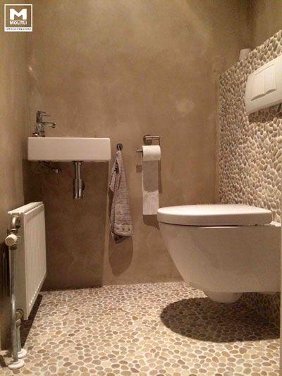 Betonstuc badkamer door Stuc Atelier van Molitli Interieurmakers   toilet  Pinterest