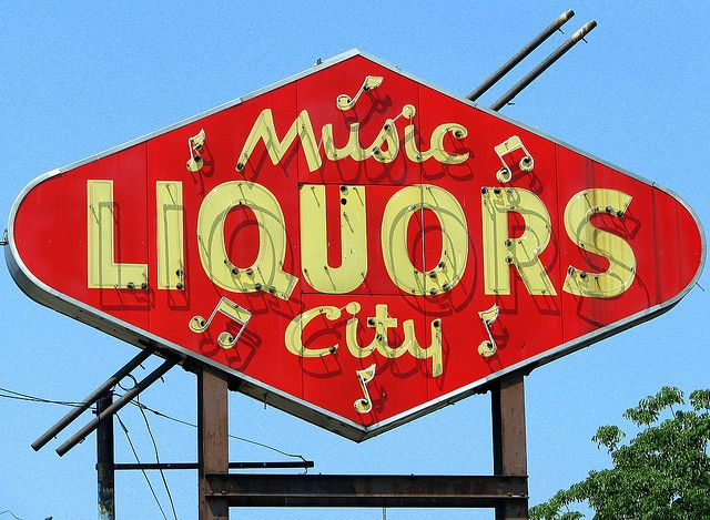 Pin by Closer&Closer on Sign Me Up...Stuff | Vintage neon ...