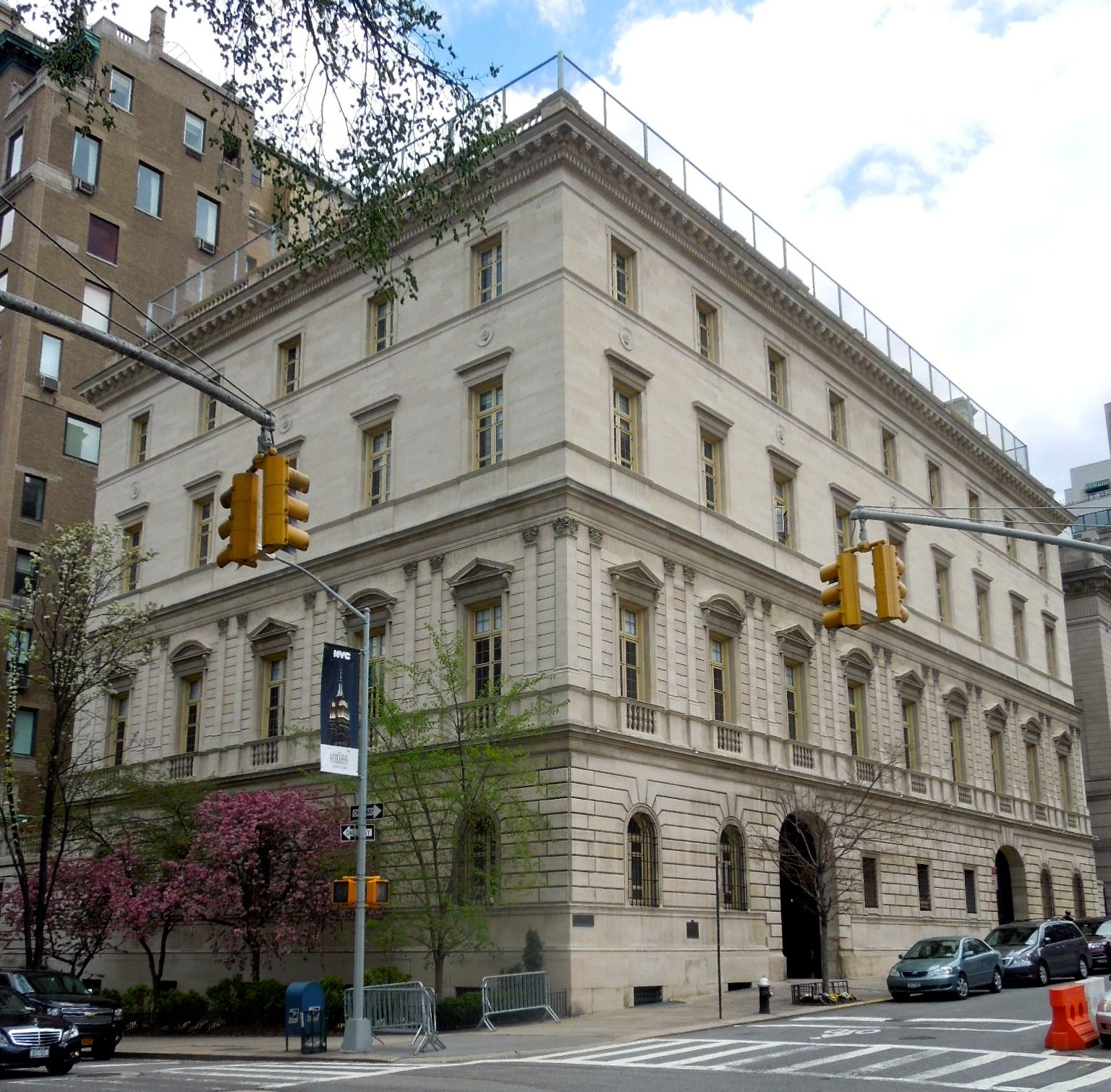 Otto Kahn Mansion On Fifth Avenue Mansions American Mansions New York City Buildings