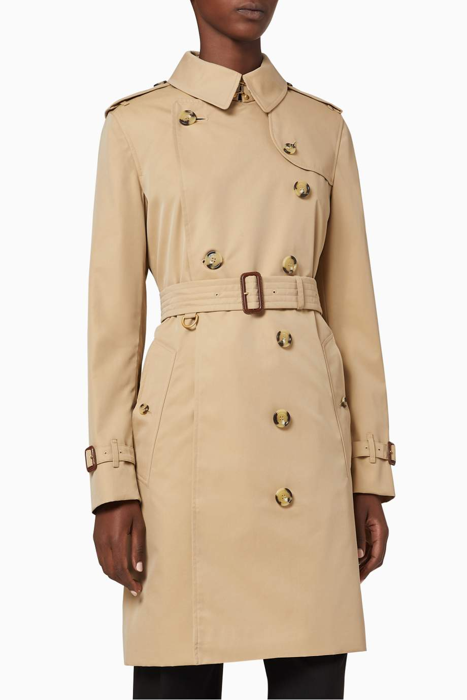 Shop Burberry Neutral The Mid Length Kensington Heritage Trench Coat For Women Ounass Uae Trench Coats Women Trench Coat Coat