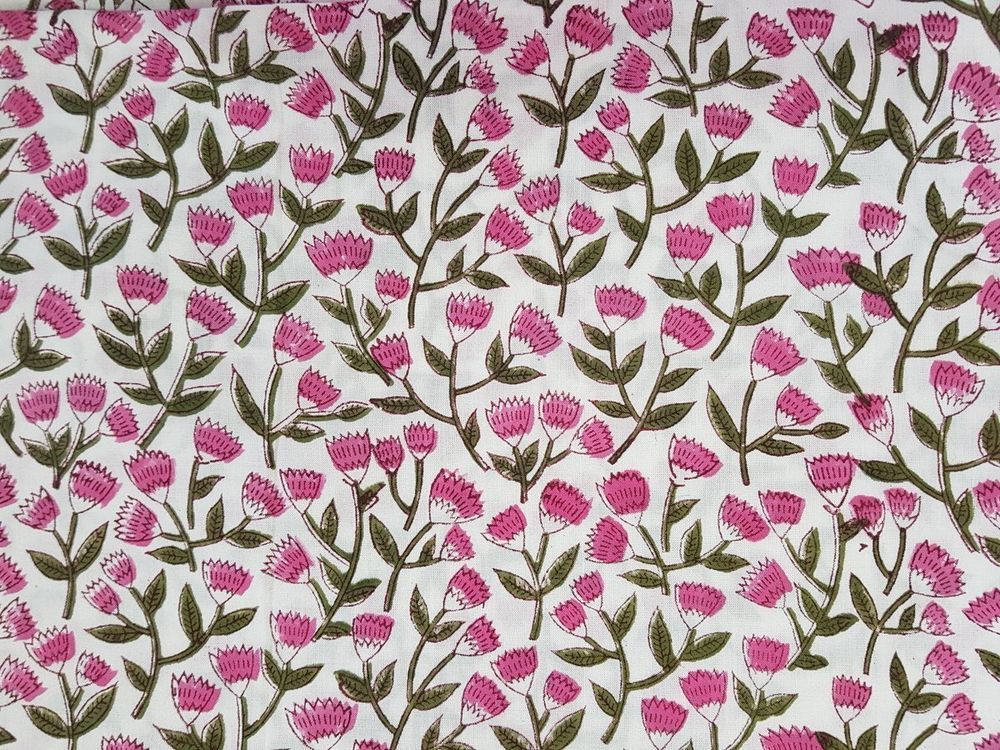 5 Yard Indian Running Sewing 100/% Cotton Fabric Leaf Hand Block Pink Bird Print
