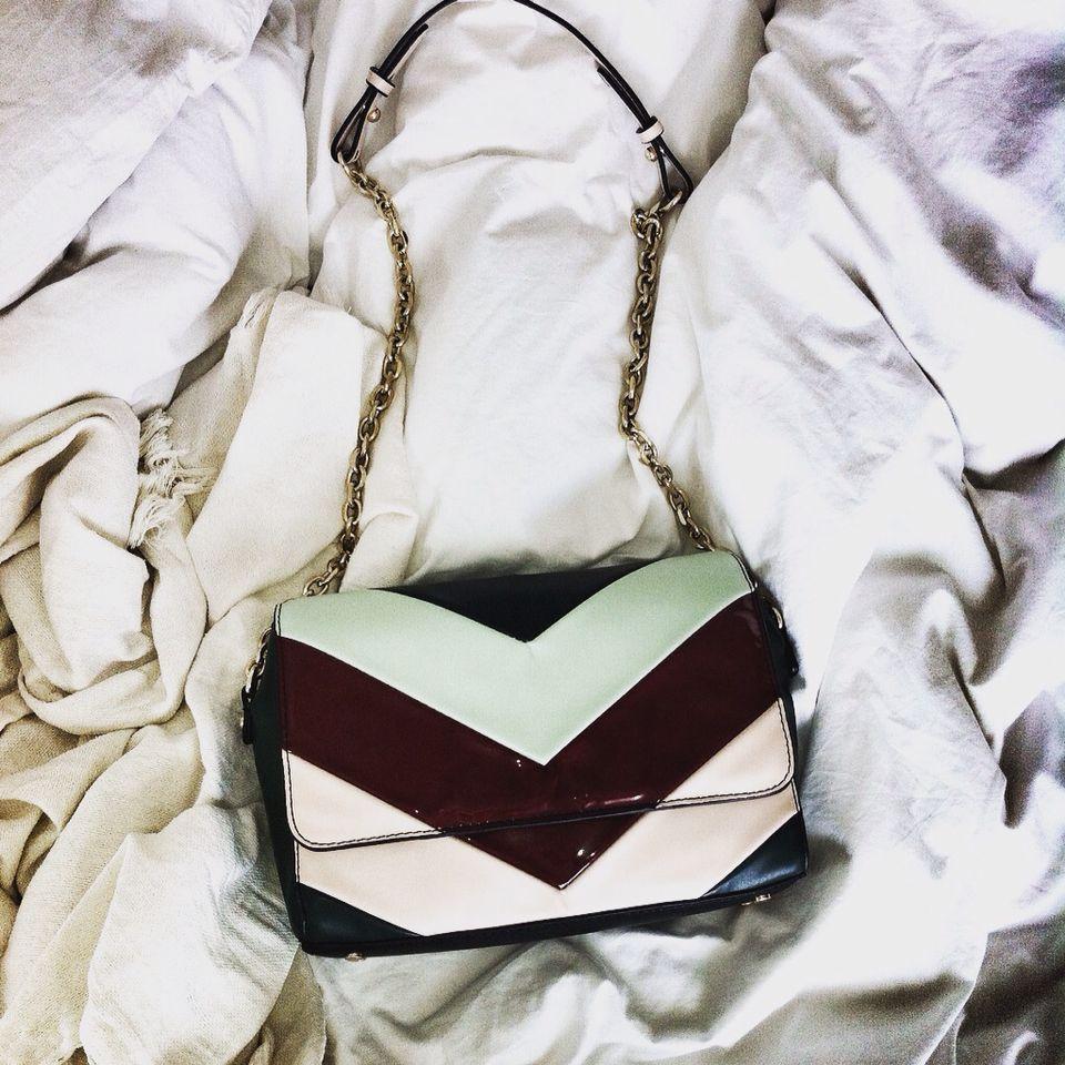 Feliz Con Mi Nuevo Bolso De Zara Fashion Complementos Moda  # Gemma Povo Muebles Barcelona