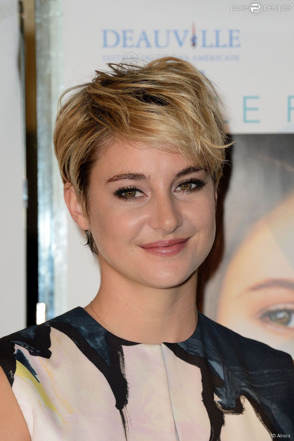 Shailene Woodley 224 Paris Le 3 Octobre 2014 Short