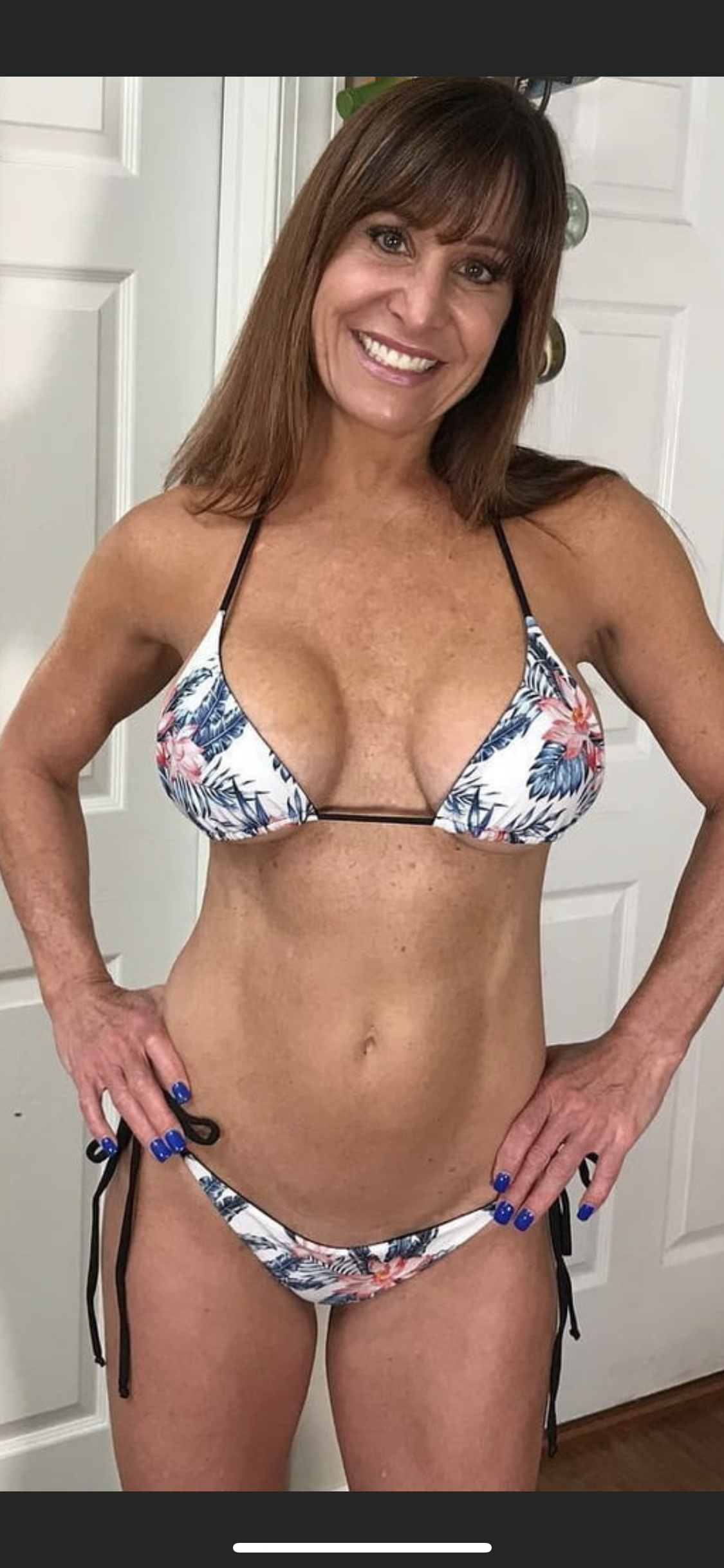 Sexy old women in string