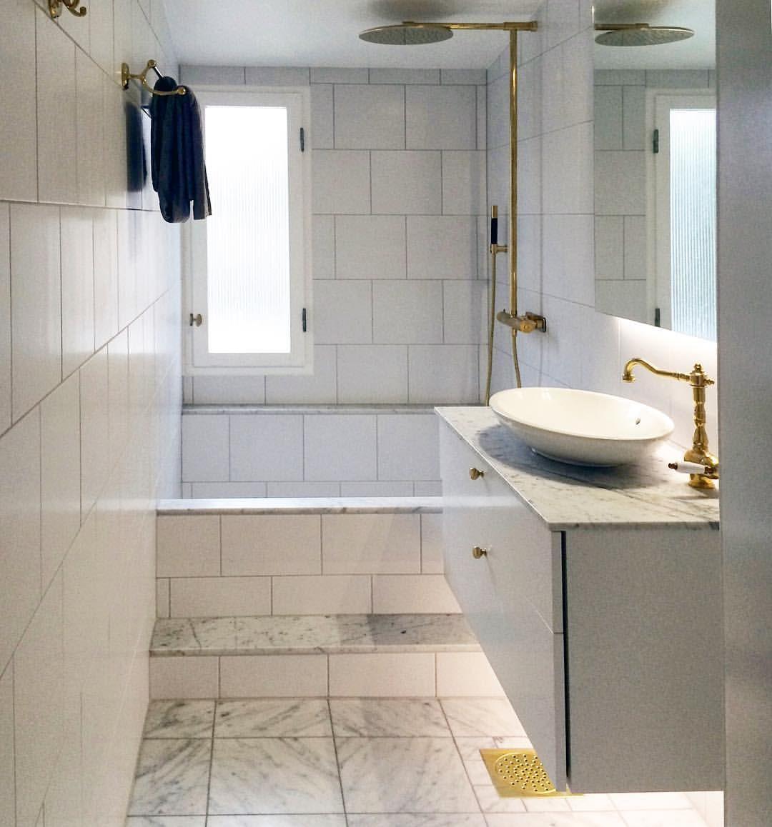 Snyggt badrum hos en glad kund.... VÃ¥r nya marmorplatta Pantheon i ...