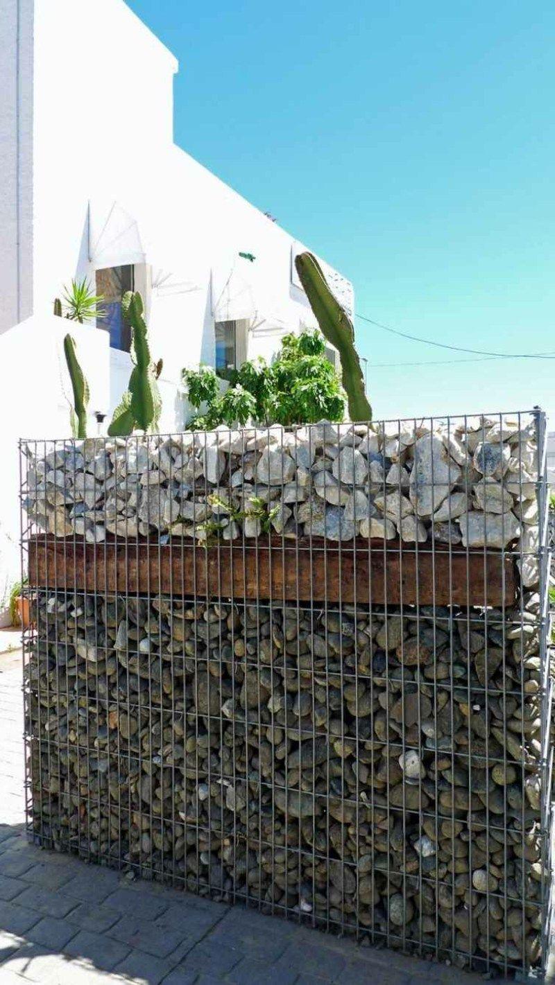 Klassische Gabionenwand Aus Stein Garten Terrasse Ideen Garden