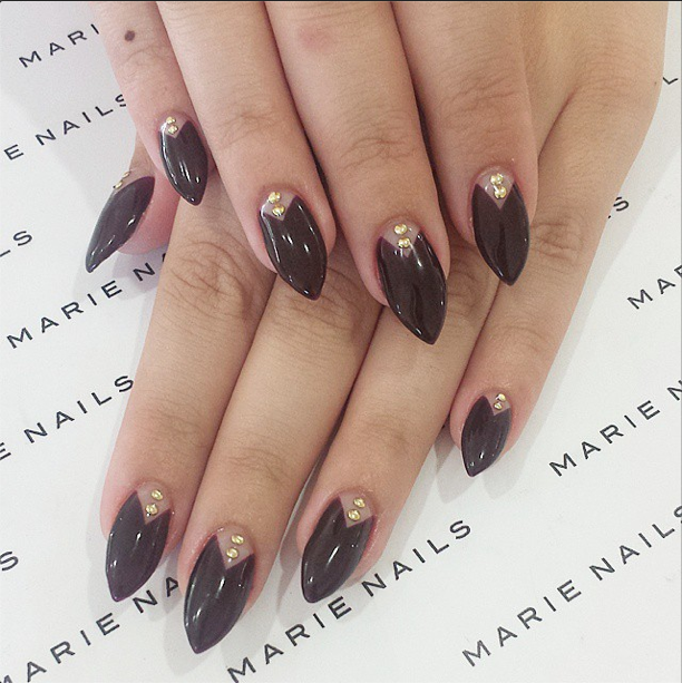 Marie Nails - pointy stiletto with deep-v french | Nail Art | Pinterest