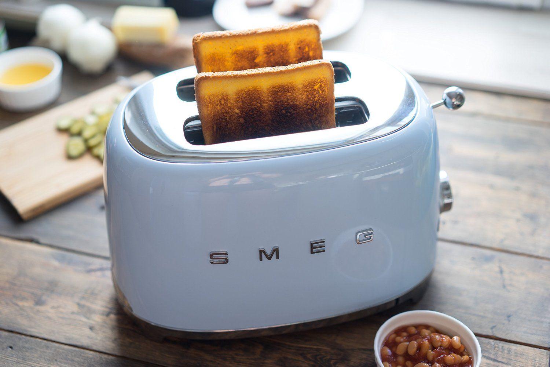 Smeg Toaster im Retro Stil der 50er Jahre, pastellblau, Wohen in ...