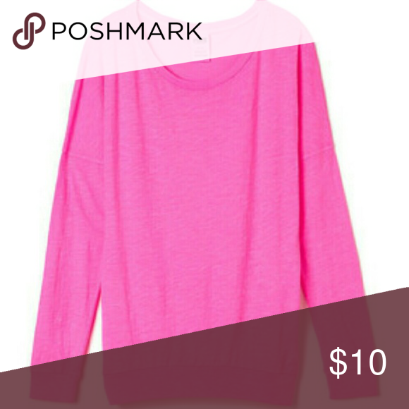 Essential PINK tee Size medium loose fit great condition PINK Victoria's Secret Tops Tees - Long Sleeve