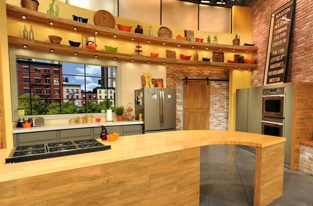 Rachael Ray S New Kitchen Set On Her Tv Talk Show Kitchen