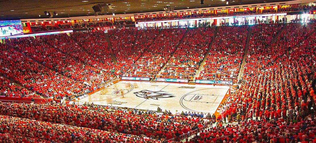 The Pit Home Of Lobo Basketball The Stadium Is Literally Below Ground Level New Mexico University Of New Mexico Iowa State Basketball
