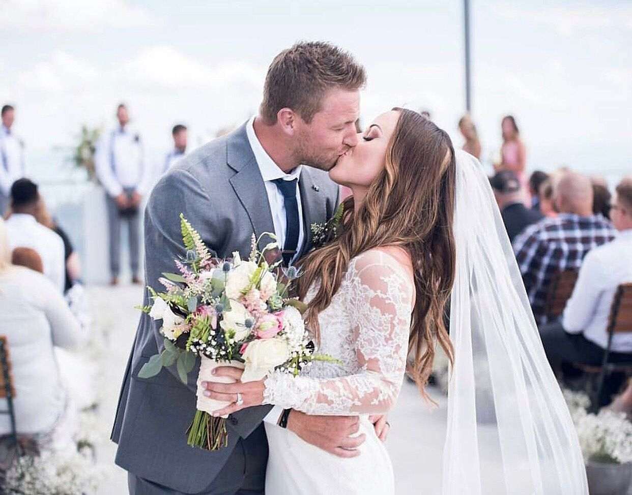 The Kiss | Bride Jessica was married in Utah in the Jonquil wedding ...