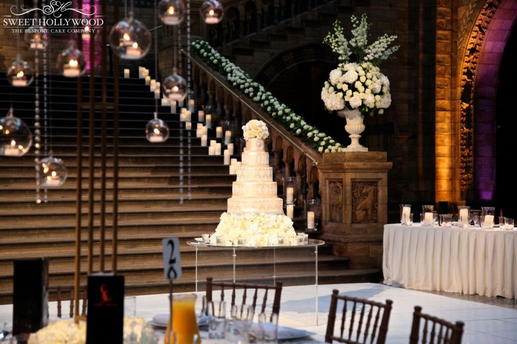 London Based Luxury Wedding Cake Designers Sweet Hollywood Were Delighted To Provide Their Bespoke Services Our Clients Asian Reception The
