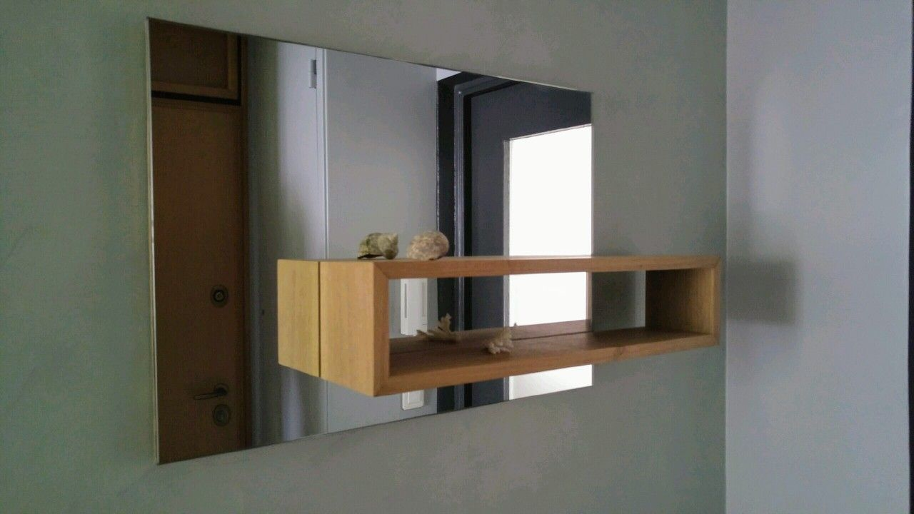 miroir sur mesure avec tablette en chene miroir sur mesure. Black Bedroom Furniture Sets. Home Design Ideas