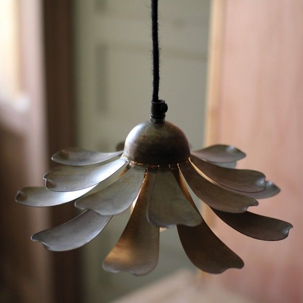 Metal Flower Pendant Light Metal Flower Pendant Metal Flowers Daisy Pendant