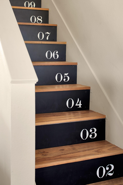 36 Creative Ways To Upgrade Your Staircase Peinture