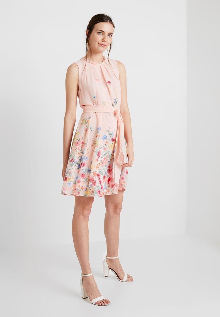 Pin von Tormaass auf Kleider  Kleider mode, Kleid peach, Kleider