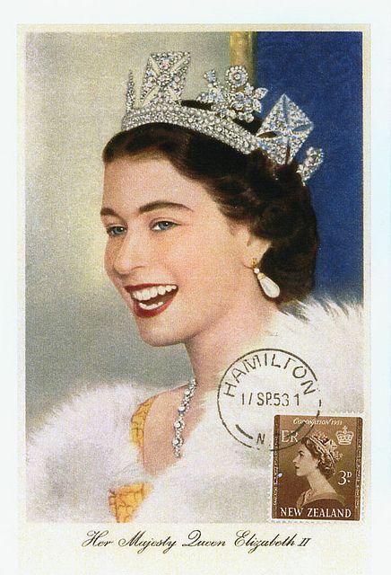 Young Queen Queen Elizabeth Elizabeth Ii And Queens