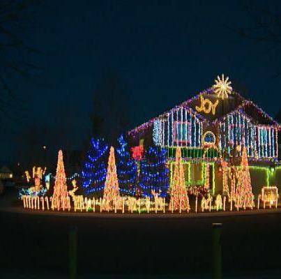 Xmas Lights, Holiday Lights, Christmas Yard, Santa Christmas, Meridian - Pin By Sandy Freitag ���♥♥♥༻ On Christmas Time Pinterest