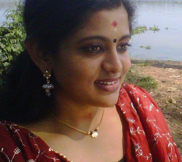 Veena Nair Tv Anchor: Richard Nj Malayalam Serial Actor