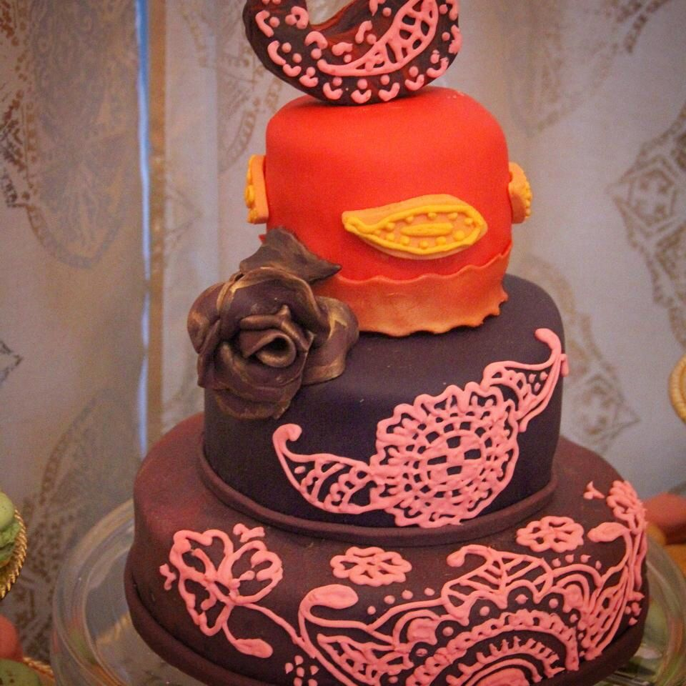 Mehndi Cake For Traditional Henna Night Wedding Celebration