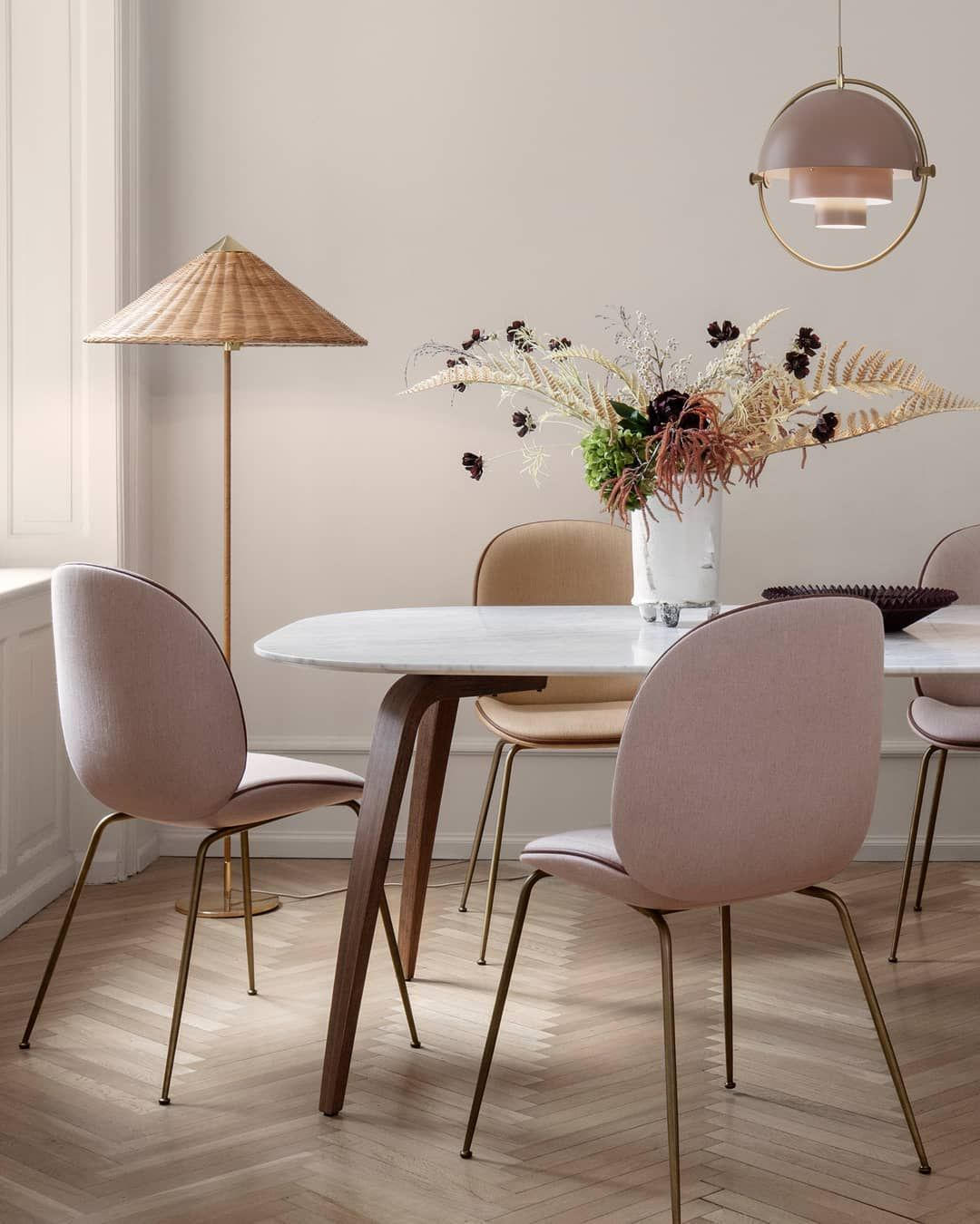 Characterised By Its Elegant And Airy Willow Wicker Lampshade And Rattan Covered Stem The 9602 Floor Lamp Shows P Gubi Dining Table Wicker Floor Lamp Interior