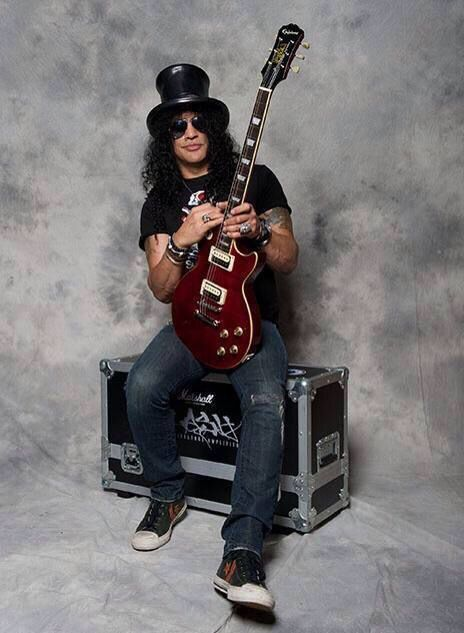 @DEBBIE3636:  @Slash promo pictures for  the new Epiphone Rosso Corsa .... http://t.co/YuxVY6akUT