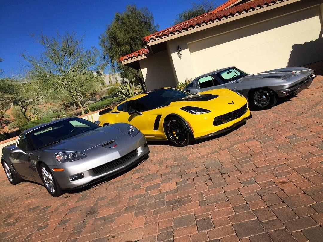#corvette day over here! #autorunnersdetailing  #autorunners #autodetailing #detail #details #detailz #detailed #Detailer #az #scottsdale #arizona #phoenix #paradisevalley #corvettestingray #corvettez06 #corvettes #vette @musclecarspics @musclecarzone @corvettefans #cool #race #wax