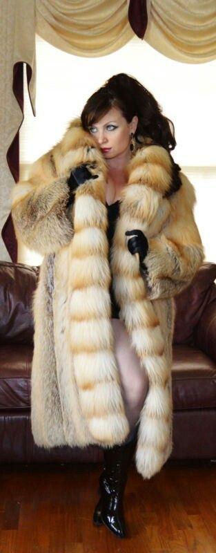 Fur Lover | swanky | Fur, Fur Coat, Fox fur coat
