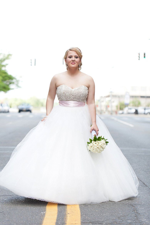 Großzügig Wedding Dress Planner Zeitgenössisch - Hochzeit Kleid ...