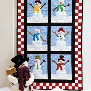 Easy curved piecing creates drifts of snow in this cute snowmen ... : snowman quilts - Adamdwight.com