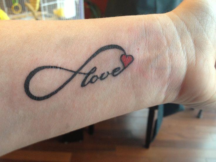 Eternal Love Wrist Tattoo Hearts Tattoos Amp Body Art Varrullar
