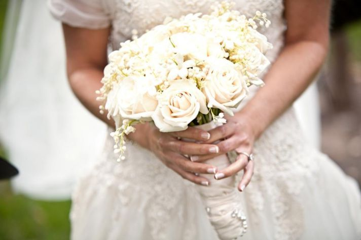 what to do with your bouquet after the wedding you can