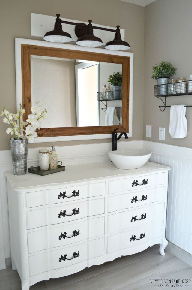 5 Brilliant Design Ideas to Steal From This Farmhouse Bathroom ...