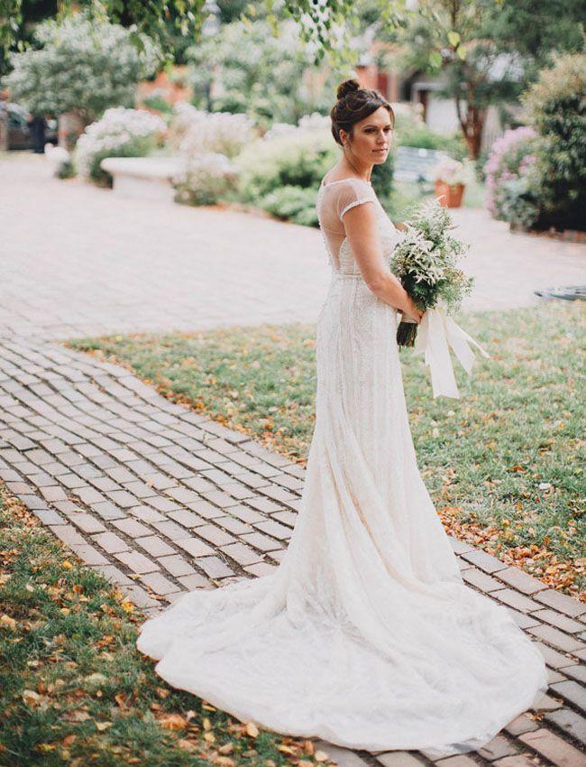 Ohio Warehouse Wedding: Taylor + Greg   Pronovias dresses ...