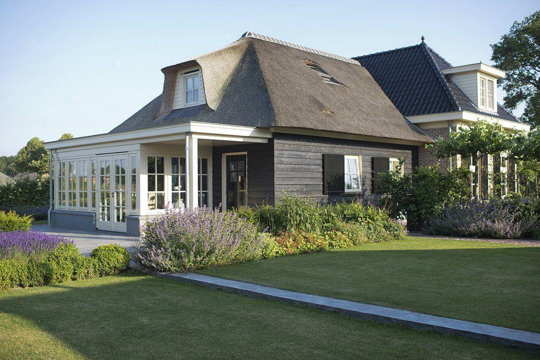 Landelijke tuin met nostalgische veranda Country style verandahs