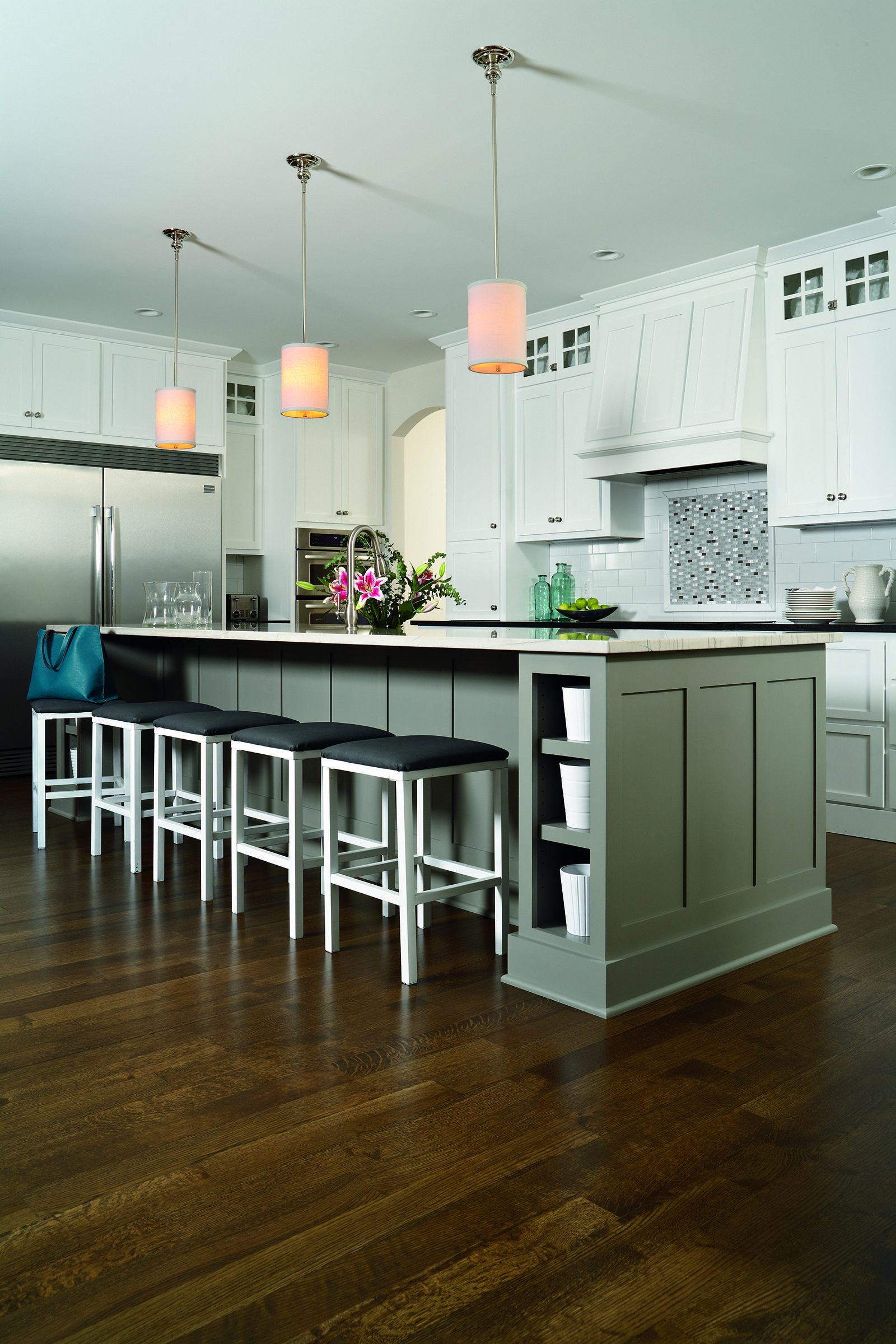 loving this modern kitchen design and check out the wood floors find these floors and more at on interior design kitchen small modern id=71270