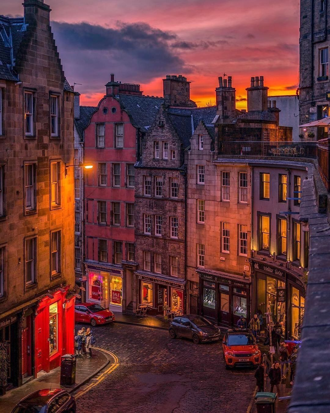 "Simple is Beautiful on Instagram: ""Photo by Ravikant Rahul Pandey, Victoria Street, Edinburg, Scotland #photography #photographer #photooftheday #picoftheday…"""