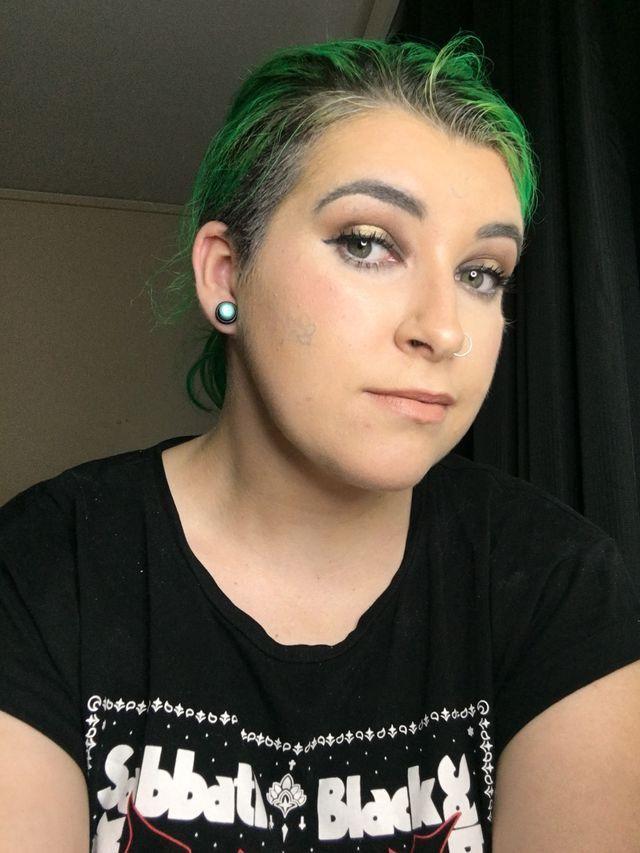 Makeup Beauty Cosmetics Skincare Foundation Concealer