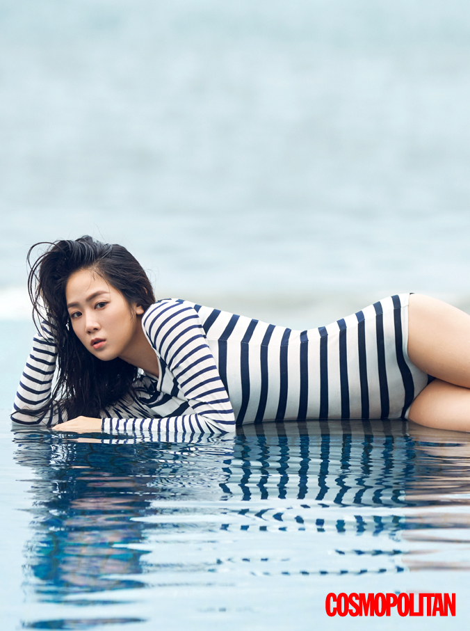 SISTAR Soyu Cosmopolitan Korea April 2016